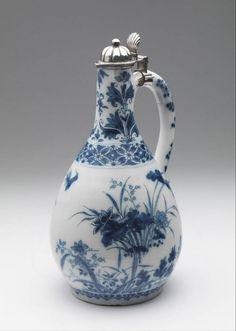 Dutch Delft wine jug, Lambertus van Eenhoorn, De Metaale Pot, 1690-1724. Jeroen PM Hartgers