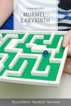 Lernen mit Lego: Das Murmel-Labyrinth spricht viele Lernbereiche an. Learning with Lego: The marble labyrinth appeals to many learning areas: spatial thinking, forward-thinking, concentr Games For Kids, Diy For Kids, Crafts For Kids, Lego Activities, Toddler Activities, Childcare Activities, Diy Pour Enfants, Lego Challenge, Labyrinth