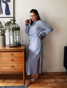 Stuck in a Denim Rut? Try One of These 13 It Skirts Instead : Summer Skirts The 9 Styles Slowly Taking Over Fashion Mode, Modest Fashion, Fashion Outfits, Skirt Fashion, Mode Simple, Lilac Dress, Slip Skirts, Inspiration Mode, Professional Outfits