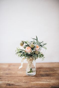 Natural look wedding bouquet