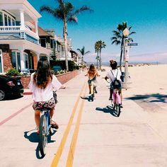 I'm not sure where this is but it reminds me of the Balboa Peninsula area of a Newport Beach California