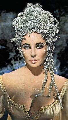 Always Retro Elizabeth Taylor