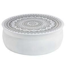Couchtisch aus gehämmertem weißem Aluminium mit silberfarbenen Motiven Mandala