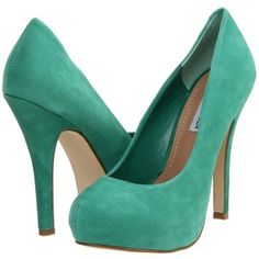 perfect turquoise/green pumps for the spring.