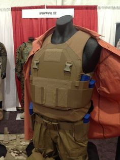 new design, low visibility plate carrier
