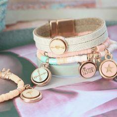Maak mega trendy sieraden in een hippe look met onze Houten cabochons basic! Stamped Jewelry, Diy Jewelry, Jewlery, Handmade Jewelry, Jewelry Making, Diy Schmuck, Metal Stamping, Hanger, Bracelets