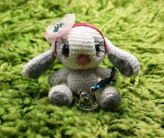 Larris handmade jewellery: Aisa - mini rabbit