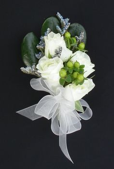 White Spray rose, Green Hypericum and Blue Stream Limonium Corsage Corsage And Boutonniere, Flower Corsage, Prom Flowers, Bridal Flowers, Corsage Wedding, Wedding Bouquets, Wildflower Bridal Bouquets, White Spray Roses, Wedding Flower Inspiration