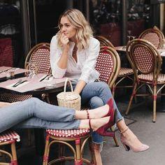 Adenorah at a Parisian cafe