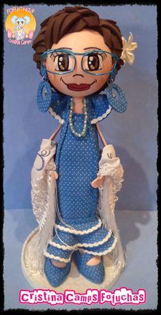 Fofucha flamenca personalizada, con gafas, recogido y vestido en goma eva. Cristina Camps Fofuchas