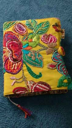 Brilliant colour - yellow is so dramatic. Embroidery Applique, Beaded Embroidery, Cross Stitch Embroidery, Embroidery Designs, Fabric Beads, Fabric Art, Contemporary Embroidery, Fabric Journals, Textile Artists