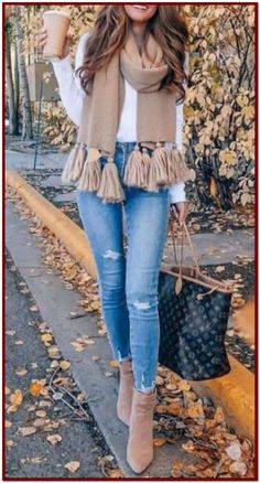Spring Skirt Outfits Classy You Need To Re-Create This Season - Winter Outfits Summer Work Outfits, Autumn Fashion Casual, Casual Winter Outfits, Winter Fashion Outfits, Casual Fall Outfits, Classy Outfits, Look Fashion, Spring Outfits, Womens Fashion