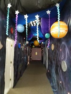 Hallway decorations for Galactic Starveyors VBS 2017 Space Theme Decorations, Vbs Themes, Homecoming Decorations, Homecoming Themes, Homecoming Dresses, Outer Space Party, Outer Space Theme, Apolo Xi, Space Theme Classroom
