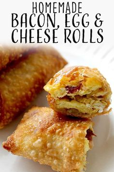 These Breakfast Egg Rolls are a fun and delicious breakfast. They are stuffed with bacon, eggs, and cheese. These egg rolls are easy to make, can be made ahead of time, and even frozen. Wonton Recipes, Egg Roll Recipes, Appetizer Recipes, Recipes With Egg Roll Wrappers, Eggroll Wrapper Recipes, Recipes Using Bacon, Appetizers, Best Breakfast Recipes, Breakfast Dishes