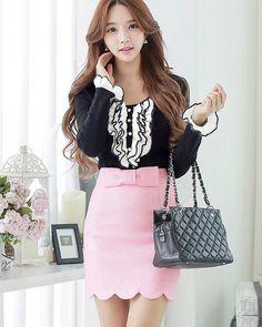 Morpheus Boutique  - Pink Hem High Bow Waisted Lady Skirt