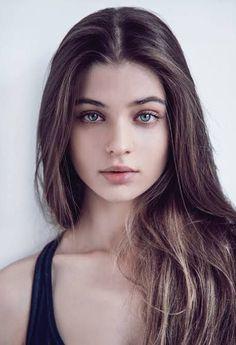 Beauty, girl face et woman face. Foto Portrait, Portrait Photography, Female Portrait, Woman Portrait, Beauty Portrait, Photography Women, Pretty People, Beautiful People, Female Character Inspiration