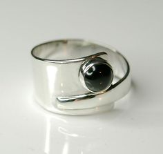 Jewelry OFF! Black onyx ring Sterling silver overlapping ring - wide ring unique design by EvokeJewellery on Etsy Black Onyx Ring, Black Rings, Handmade Silver Jewellery, Sterling Silver Jewelry, Gold Jewellery, Metal Jewelry, Jewelry Rings, Rose Gold Diamond Ring, Diamond Flower