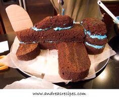 Airplane cake, assembled