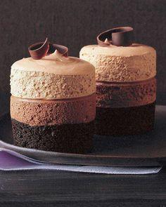 Image via We Heart It https://weheartit.com/entry/62506508/via/2669050 #chocolate #deck #dessert #yummy #tripledecker