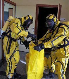 Draeger cps 5900 level a hazmat suit size xlarge stuff to buy marynarka wojenna publicscrutiny Images