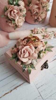 Set of Wedding Accessories Wedding Gift Boxes, Wedding Ring Box, Wedding Favors For Guests, Wedding Cards, Wedding Gifts, Wedding Wine Glasses, Rustic Wedding Rings, Blush Wedding Flowers, Garden Wedding Invitations