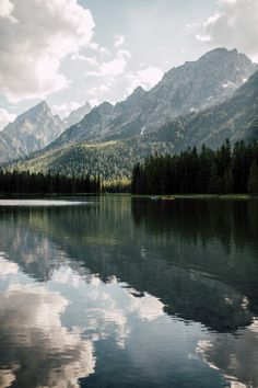 Find images and videos about nature, landscape and mountains on We Heart It - the app to get lost in what you love. Camping Photography, Landscape Photography, Nature Photography, Grand Teton National Park, National Parks, Beautiful World, Beautiful Places, Nature Aesthetic, Photos Voyages