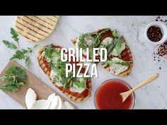 Skinnytaste- This easy Grilled Pizza is made from scratch with my easy yeast-free Greek yogurt dough, topped with sauce, mozzarella cheese and your choice of toppings. Skinny Recipes, Ww Recipes, Pizza Recipes, Grilling Recipes, Dinner Recipes, Cooking Recipes, Healthy Recipes, Vegetarian Grilling, Healthy Grilling