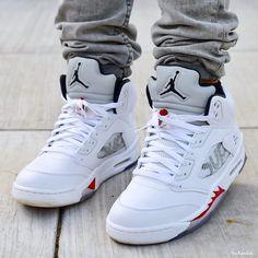 d52e9e73f7b64d Nike Air Jordan 5 x Supreme Black Urban Fashion