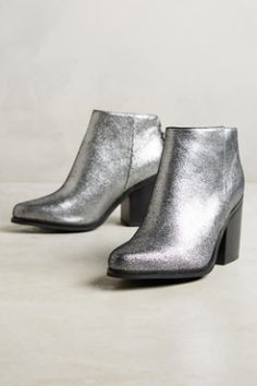 NIB Anthropologie AoverA Pewter Metallic Leather Back Zipper Ankle Boots 38 Silver Ankle Boots, Shiny Boots, Metallic Boots, Metallic Leather, Real Leather, Black Leather Heels, Leather Ankle Boots, Ankle Booties, Bootie Boots