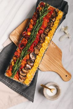Get our recipe for Rustic Vegetable Tart with Olive Oil Herb Crust featuring Carapelli Organic Extra Virgin Olive Oil. This post is sponsored by Carapelli. Vegetable Tart, Roasted Vegetable Recipes, Thyme Recipes, Raw Vegetables, Roasted Vegetables, Veggies, Carrot Recipes, Bean Recipes, Scones