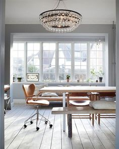 Get inspired with these Modern Scandinavian Living Room decor ideas that are inspired by the scandinavian design trend , all featuring beautiful color schemes and décor choices. Living Room Scandinavian, Scandinavian Interior, Scandinavian Style, Piece A Vivre, Home Interior Design, Interior Inspiration, Room Inspiration, Home Kitchens, Beautiful Homes