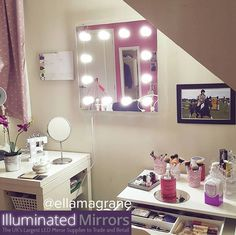 wallhanging hollywood makeup mirror what to see more mirrors with lights check