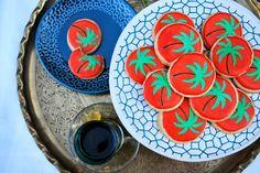 Reinventing Nadine: Eid Inspired Sugar Cookies: Stenciling cookies Technique