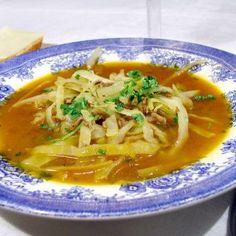 Nikkaluoktasoppa - Recept - Tasteline.com Soup Recipes, Snack Recipes, Snacks, Gluten Free Recipes, Vegan Recipes, Vegan Food, Dinner Is Served, Low Carb Diet, Healthy Eating