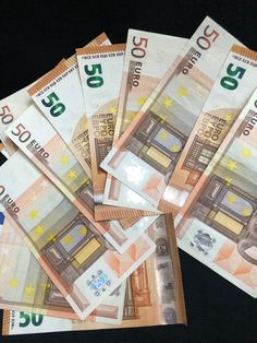 How to make money online, Easy step by step guide to answer your questions on how to make a full-time income working from home. My Money, Earn Money, Driver License Online, Driver's License, Make Money Online, How To Make Money, Western Union Money Transfer, Dollar Money, 50 Euro