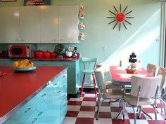 Amazing vintage kitchen!