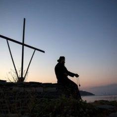 Γιατί να πηγαίνουμε κάθε Κυριακή στην εκκλησία; - ΕΚΚΛΗΣΙΑ ONLINE Utility Pole, Wind Turbine