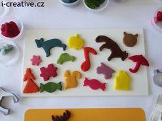 vykrajování z domácí modelíny Play Doh, Plastic Cutting Board, Desserts, Food, Tailgate Desserts, Deserts, Essen, Postres, Meals