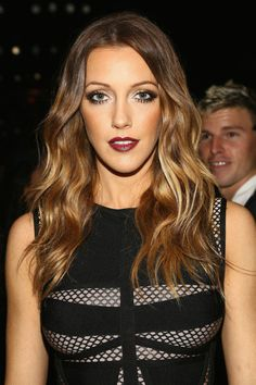 Katie Cassidy Hair color