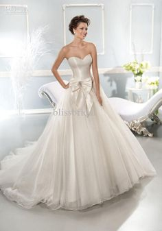 pnina wedding dresses 2014 - Google Search I love the simple elegance of this but I so love bling