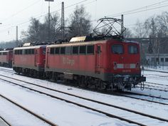 2006.03.03. 140-677 und zwei Schwestern in Kreuztal/Siegerland