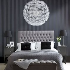 Grey stripes in the bedroom