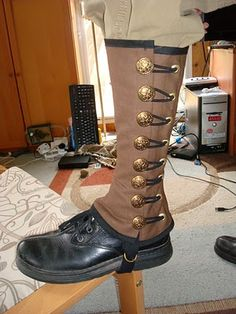 Steampunk Military Spats, to go with my army boots :] -- can people just not be awesome. because it's making me feel un-awesome