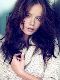 Anna Przybylska [*] So unfair. Beautiful People, Beautiful Women, Star Wars, Anna, Perfect Woman, Celebs, Celebrities, Classy Women, Polish Girls