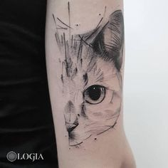 In this post, you get different cat tattoo ideas. So here are some cool Cay Eye Tattoo Designs which you definitely loved. Cat Face Tattoos, Animal Tattoos, Body Art Tattoos, Cool Tattoos, Tatoos, Siamese Cat Tattoos, Tattoo Chat, Petit Tattoo, Arm Tats