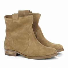 Suede, Round toe boots - Natasha