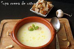 Retete Culinare - Supa crema de usturoi Cheeseburger Chowder, Fondue, Bacon, Ethnic Recipes, Pork Belly