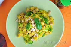 Brokolicová ryža | fitrecepty.sk No Cook Meals, Avocado Toast, Tofu, Guacamole, Cauliflower, Healthy Recipes, Healthy Food, Good Food, Vegetables