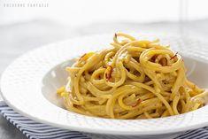 Złote spaghetti z sosem szafranowym