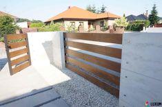 Gate Designs Modern, Modern Exterior House Designs, Front Yard Fence, Front Gates, House Gate Design, Fence Design, Brick Wall Gardens, Concrete Wood, Home Upgrades